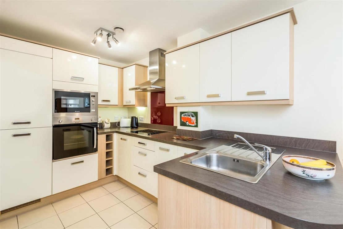 Images for 119 North Marine Road, Scarborough EAID:mccarthyapi BID:1