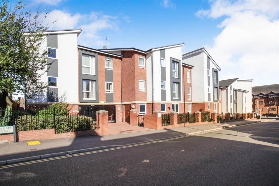 Images for Elliott Court, High Street North, Dunstable EAID:mccarthyapi BID:1